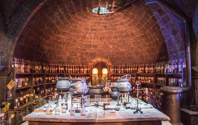 studios harry potter : salle des potions